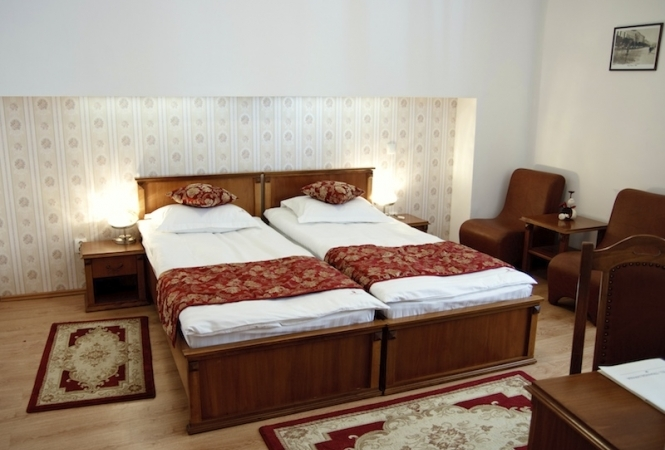 Cazare la Hotel Transilvania