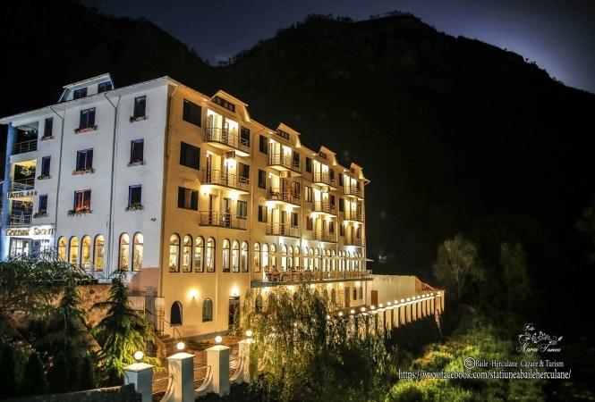 Cazare la Hotel Golden Spirit