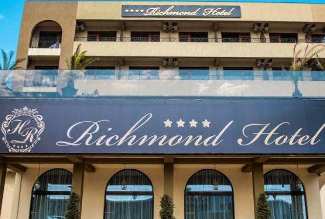 Cazare la Hotel Richmond